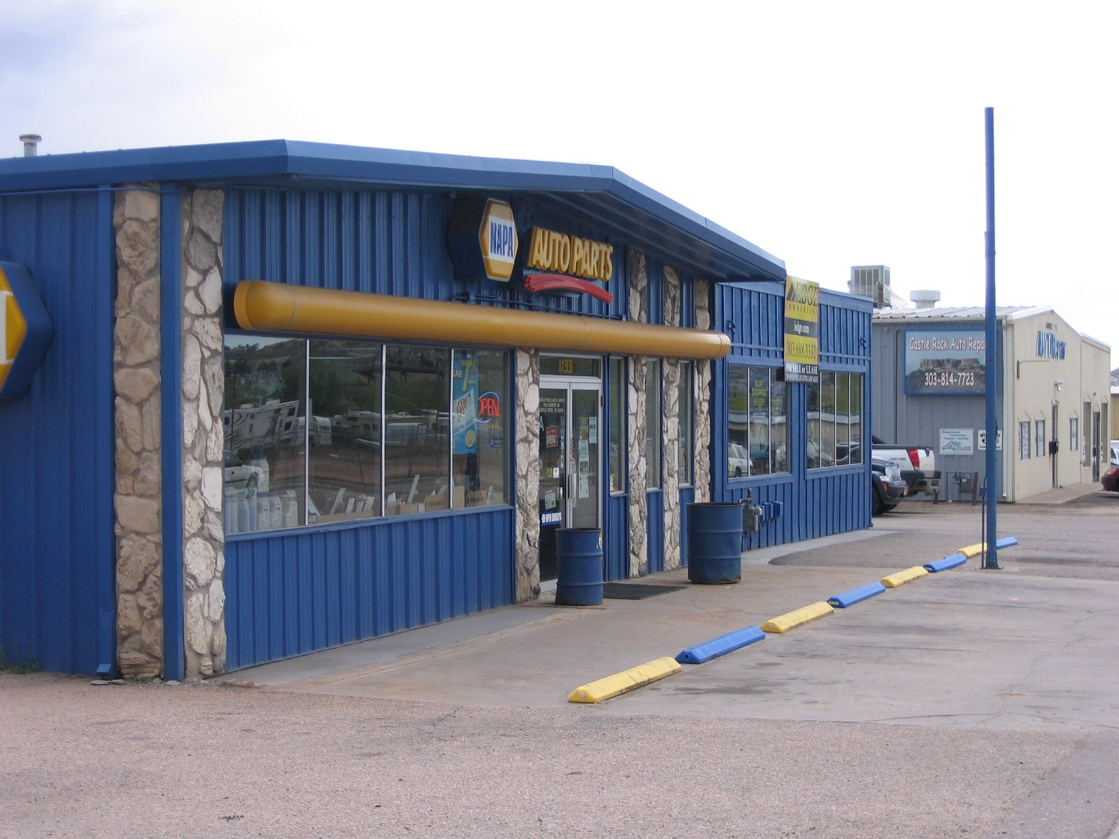 Retail/Flex Building in Castle Rock trades for $575,000