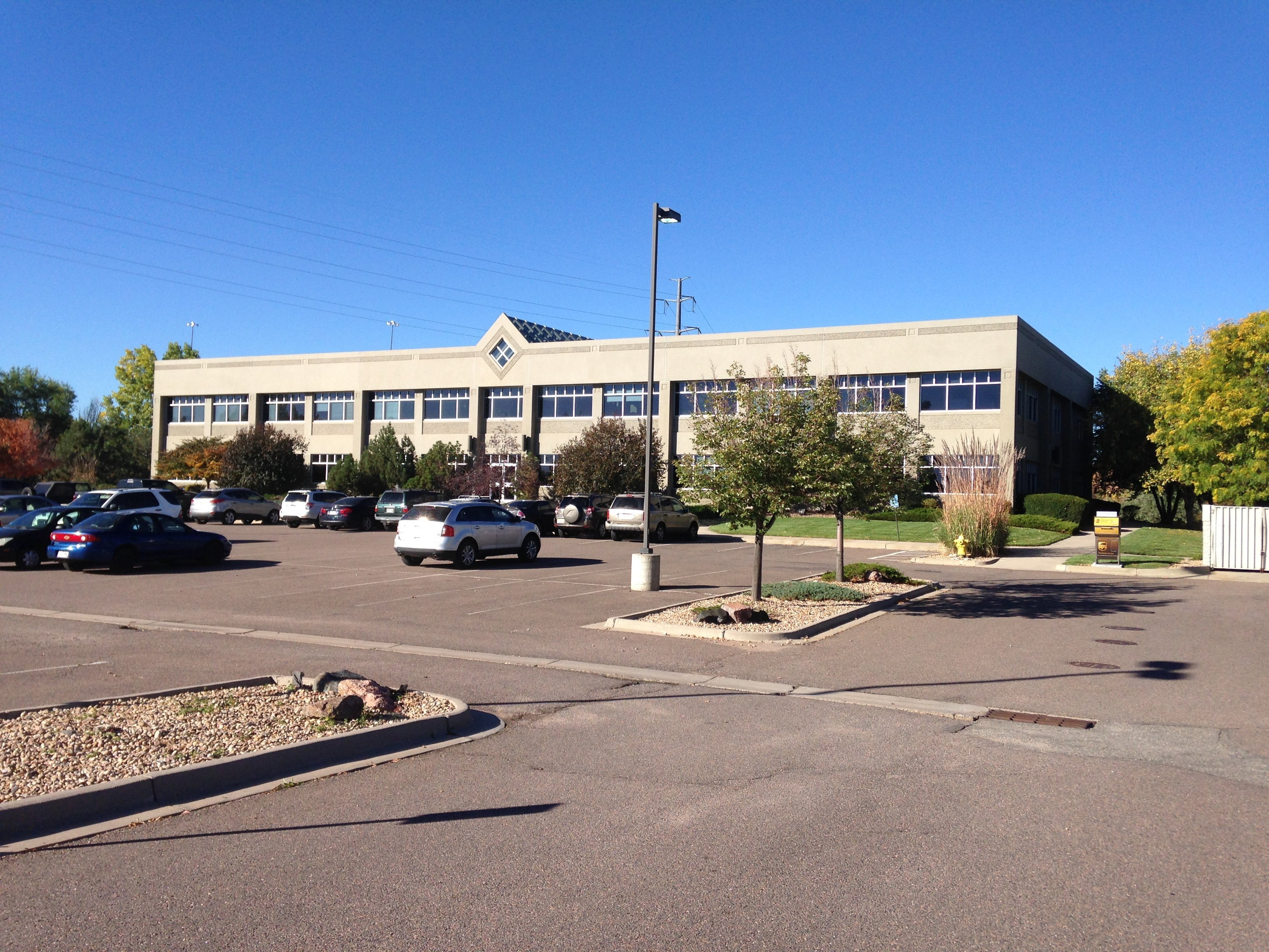 NavPoint Real Estate Group sells 25,259 SF at 6850 W 52nd Ave in Arvada, CO for $3,000,000