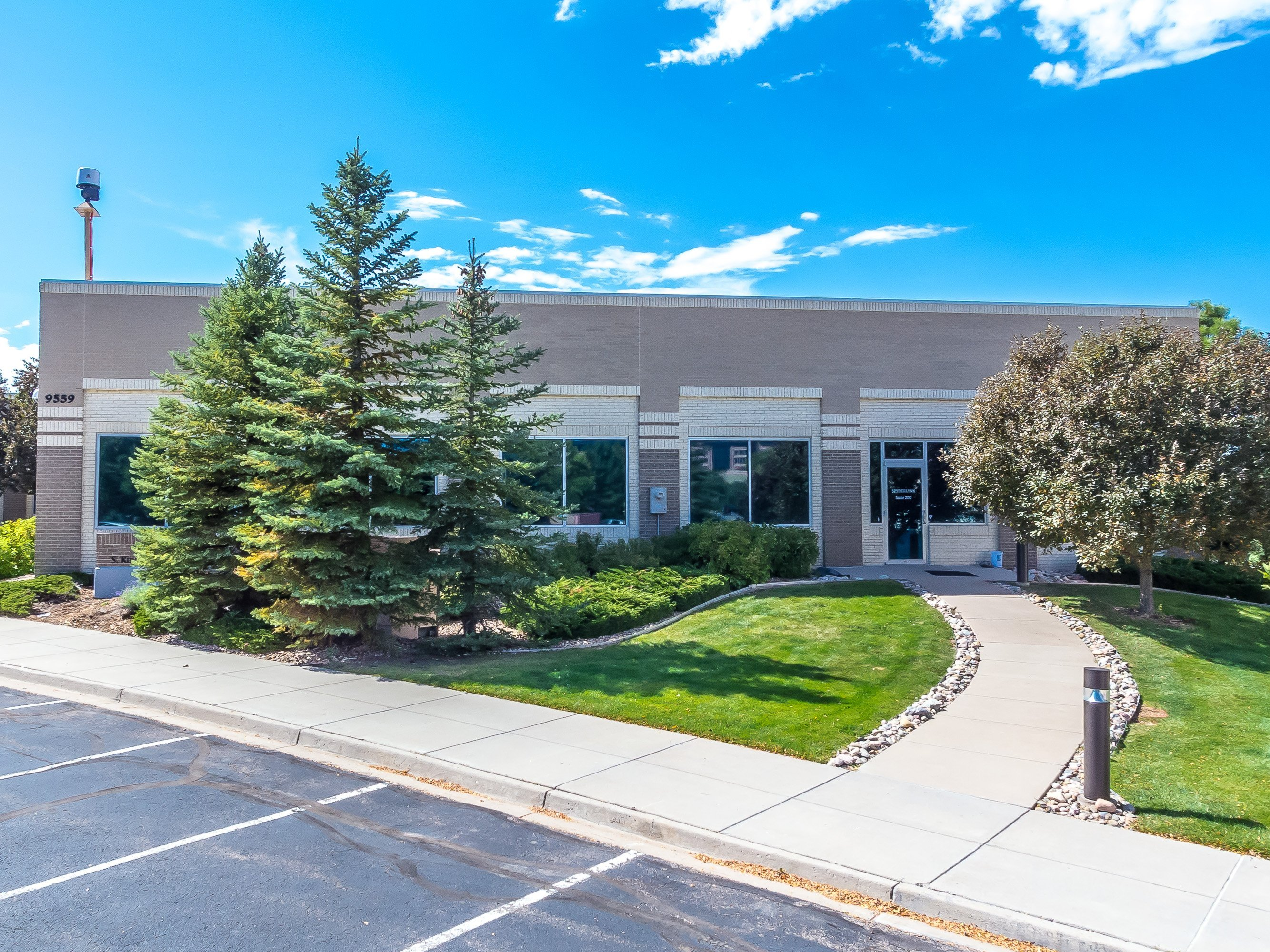 NavPoint Real Estate Group sells Prime Englewood Office Building in Englewood for $1,036,250
