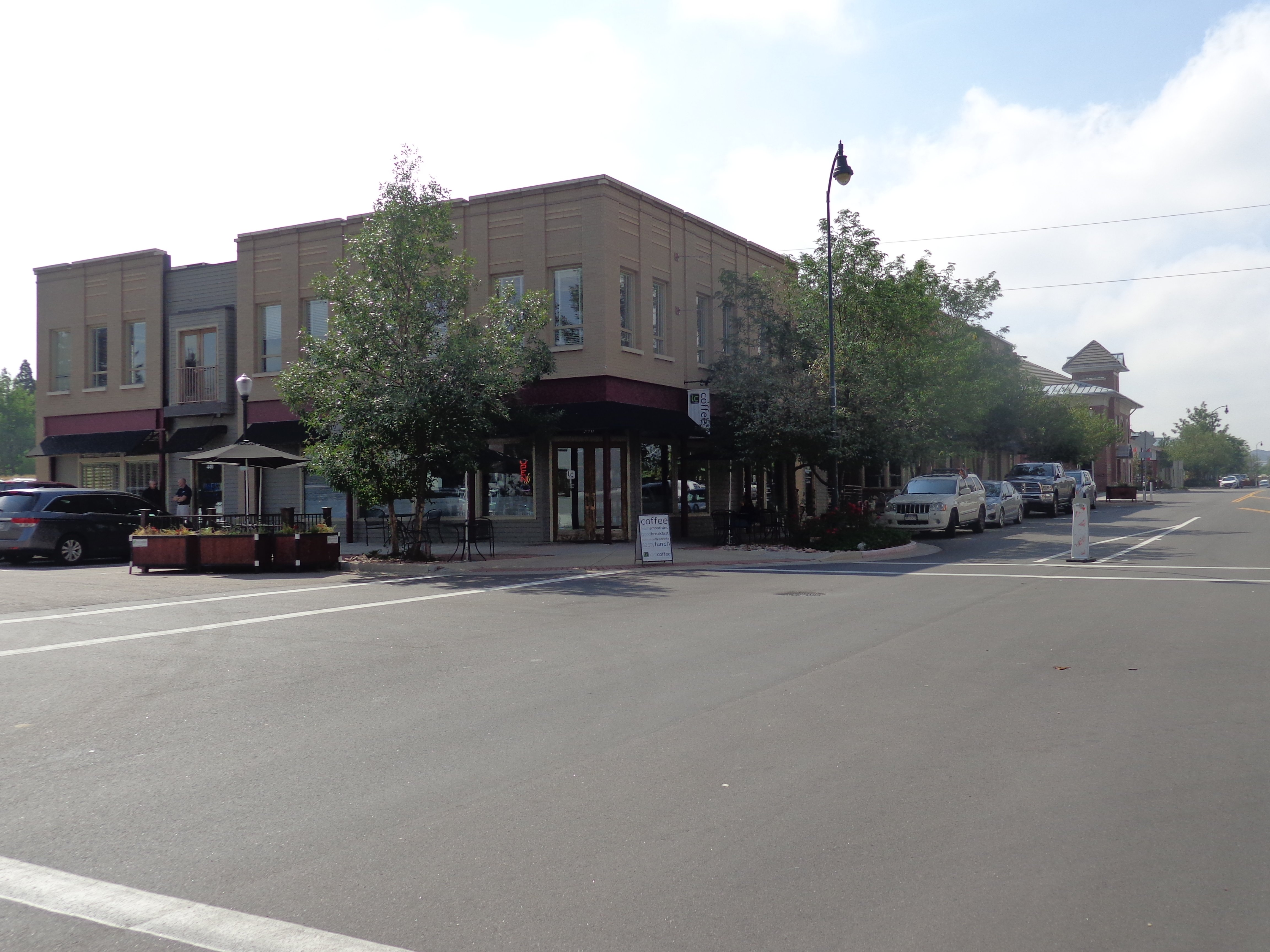 NavPoint Real Estate Group Closes Mixed Use Building in Castle Rock for $3,676,785