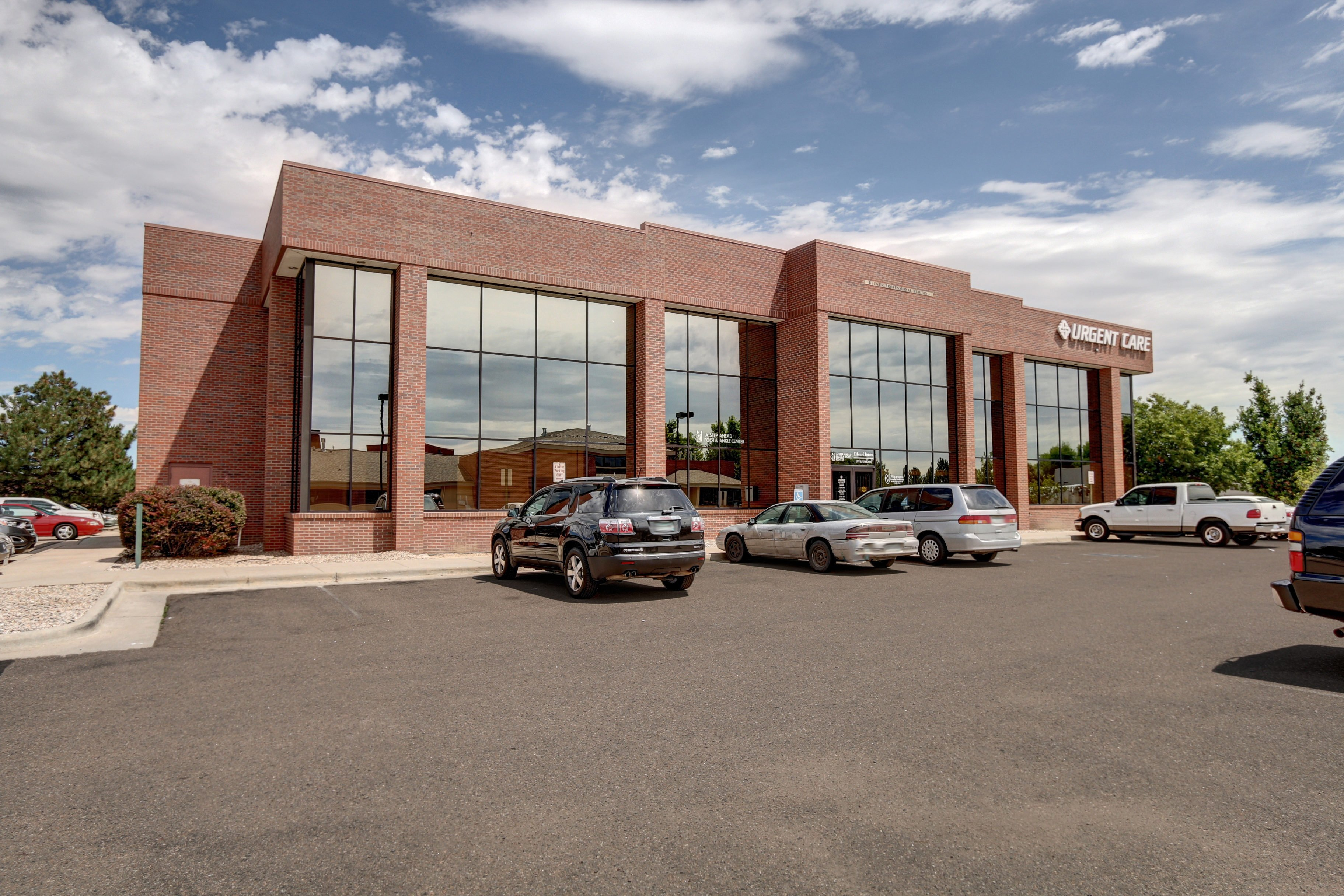 NavPoint Real Estate Group Closes Medical Office Building in Loveland for $2,700,000