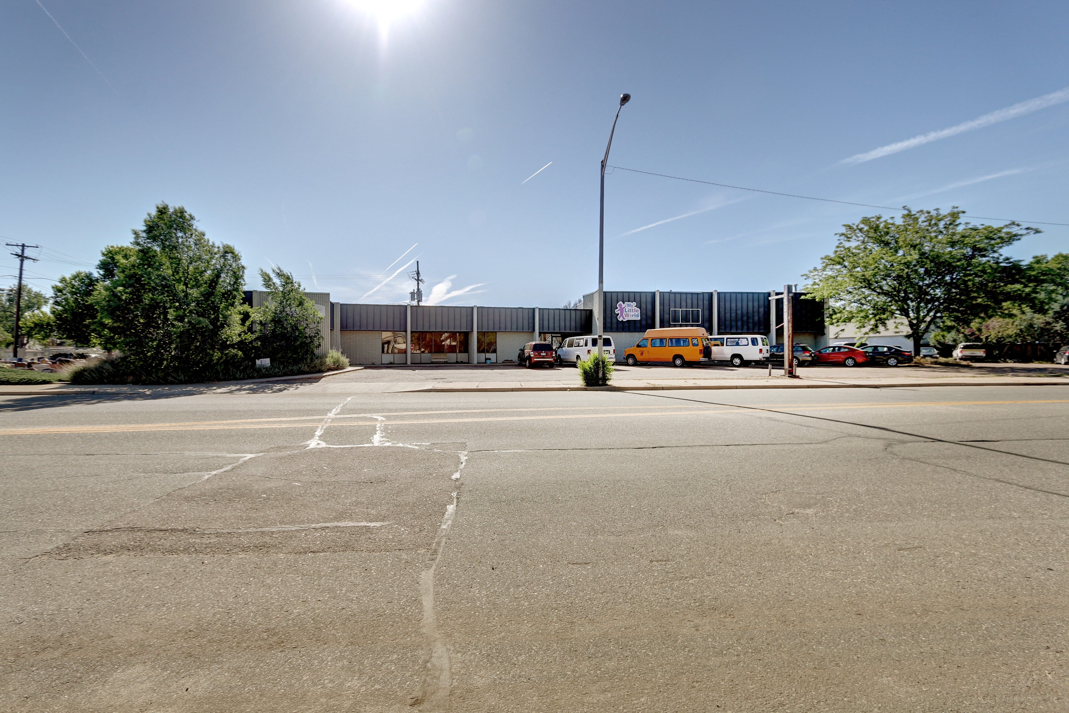 NavPoint Real Estate Group sells 8,500 SF Flex/Industrial Building in Brighton for $840,000