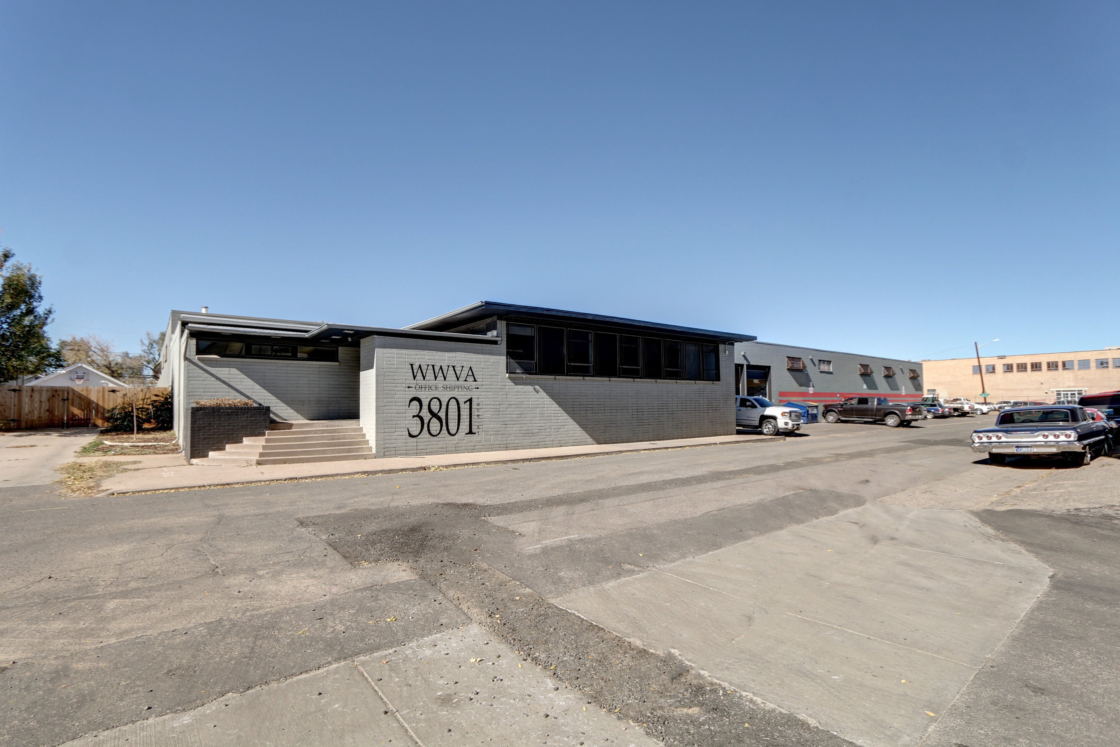 NavPoint Real Estate Group's sells 34,608 SF Industrial Building in Denver for $4,328,000